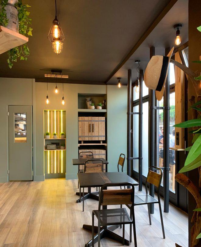 slai-architecte-interieur-decoration-besancon-renovation-bar-lounge-gotham-3