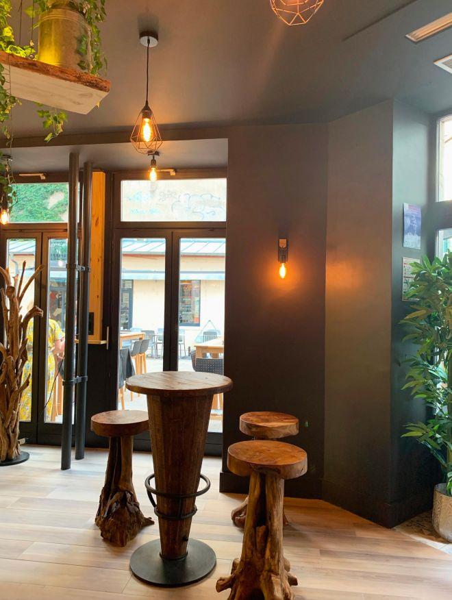 slai-architecte-interieur-decoration-besancon-renovation-bar-lounge-gotham-9